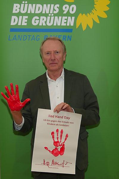 Red Hand Day 2020 Fotoaktion Hep Monatzeder